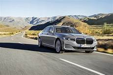 2020 Bmw Updates by 2020 Bmw 7 Series Gets Bigger Nose Smarter Tech Features