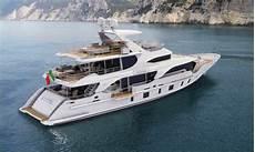 history supreme yacht tradition supreme 108 superyacht hull bk001 by
