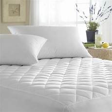 quilted waterproof hypoallergenic bedbug mattress pad