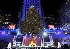 Rockefeller Tree Lighting Date 2015 2018 Nyc Rockefeller Center Tree Lighting Chilly Evening
