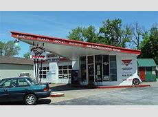 Old Gas Station Building   Chesterton, Indiana   Gentlemint