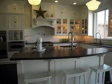 Kitchen Island Are More Practical Than Kitchen Bars Breakfast Bar Kitchen Island Traditional Kitchen Hgtv