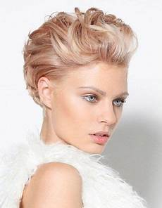 21 show stopping short hairstyles for a bride in 2019