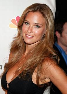 bar refaeli 3200x2000 wallpaper people hot girls hd