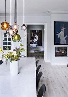Glass Pendant Lights Over Dining Table Forf 248 Rt Af En Stemning Dekoration Spisestue Design Og