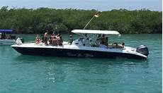 selecting the best boat rental in cartagena