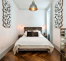 how to decorate a and narrow bedroom