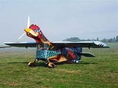 la volante fra le nuvole la gallina volante