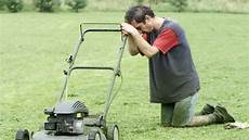 John Deere Lawn Tractor Battery Light Stays On Why Reasons Your Lawn Mower Won T Start Powerfixers