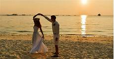 Beach Wedding Photo Albums Boracay S 17 Best Beach Wedding Packages Amp Venues