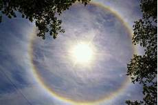 Why Do I See Halos Around Lights At Night Mrs O S Blog Day 6 Look It S A Sun Halo Weird Facts