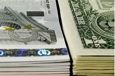 Euro Conversion To American Dollars Chart How To Convert U S Dollars To Euros Sapling Com