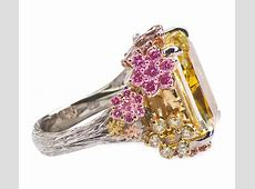 How Does Holly Madison Top a 22 Carat Engagement RingWith