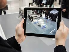 Augmented Reality Uses Augmented Reality