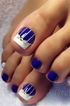 Cute Beach Toenail Designs 55 Toe Nail Designs To Keep Up With Trends Pretty Toe