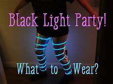 How To Make A Black Light Shirt What To Wear To A Black Light Party Clothes And
