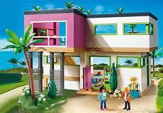 Ausmalbilder Playmobil Luxusvilla Playmobil 174 Luxusvilla Die Ganze Playmobil 174 Familie Unter