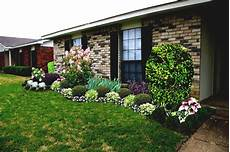 House Garden Ideas Simple Front Yard Landscaping Ideas For Ranch Style Homes