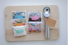 end of the year gifts diy sundae kits
