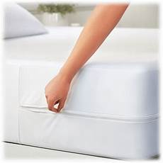premium bed bug and spill proof zippered mattress protector