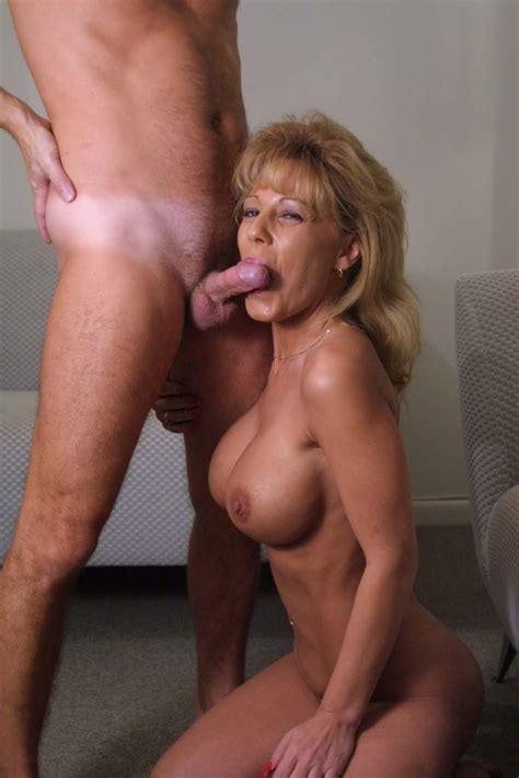 Cortney Thorne Smith Nude Photos