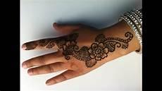 Hennagir Designs How To Do A Simple Henna Design Youtube