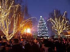 Leavenworth Wa Tree Lighting Town Lighting Ceremony In Leavenworth Wa Christmas Tree