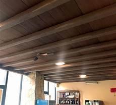 travi in legno per soffitto travi in finto legno travi polistirolo finto legno