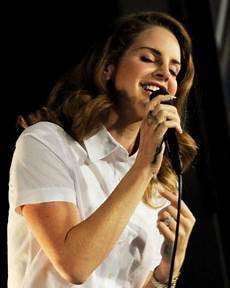 Del Rey Uk Charts Del Rey To Stay At No 1 With Born To Die For Second