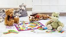 scrivanie colorate scrivanie colorate brio per la dei bambini