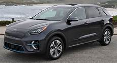 kia niro 2019 driven 2019 kia niro ev combines practicality with 239