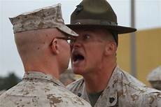 Marines Corps Drill Instructor Why Do Drill Instructors Repeatedly Shout And Yell Right