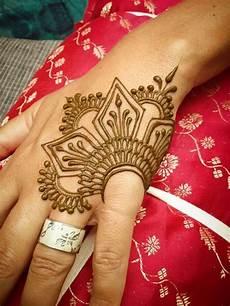 Pretty Henna Designs 15 Beautiful Hand Tattoos For Both Men And Women Pretty