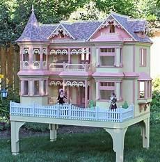 size dollhouse plans