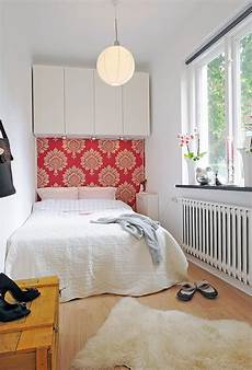 Bedroom Ideas For Small Rooms Small Bedroom Decorating Ideas On A Budget