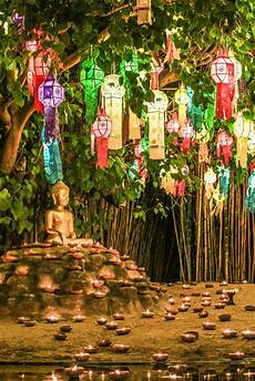 Lanterns And Lights At Chiang Mai Road Where To Celebrate Loi Krathong In Chiang Mai Lonely Planet