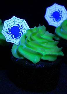 Edible Black Light Frosting 37 Best Glow In The Dark Theme Images On Pinterest Glow