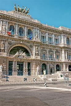 corte suprema italia corte suprema di cassazione a roma italia immagine