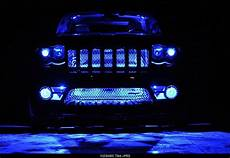 Jeep Grill With Lights Lights In Grand Cherokee Wk Grille Jeepforum Com Jeep