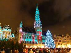 Brussels Christmas Market Light Show In The Spotlight The Christmas Market Of Brussels World