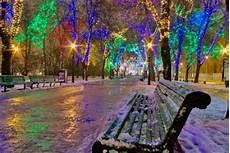 Christmas Lights In Muskegon Mi Muskegonpundit 12 Amazing Christmas Lights Around The World