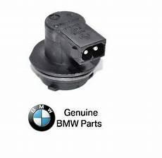 Bmw Brake Light Bulb Socket For Bmw E39 525i 528i 530i Sedan Bulb Socket For Third