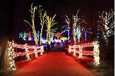 Meadowlark Park Lights A Holiday Tradition Meadowlark S Winter Walk Of Lights