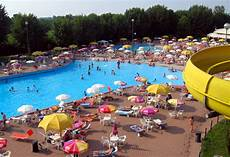 le cupole piscina parco acquatico cupole