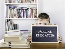 helping special education students outside the classroom