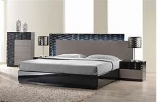 Conte Italian Bed Design Lacquered Italian Design Wood High End Platform Bed