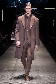 Malvorlagen Winter Versace Versace Fall Winter 2015 16 Menswear Collection