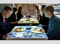 Failing Restaurant Owner Bought A Projector And Cloth