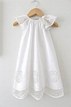 pin de lar en fofuplanas baby sewing baby baby baptism dress antique white and lace by