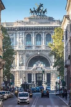 corte suprema italia palazzo di giustizia a roma italia fotografia stock